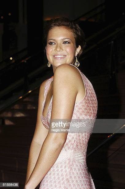 Actress/singer Mandy Moore attends the Australian premiere of her new movie 'Saved' at the Jam Factory Cinema on October 25 2004 in Melbourne...