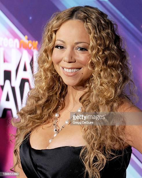 Actress/singer Mariah Carey arrives at the TeenNick HALO Awards at The Hollywood Palladium on November 17, 2012 in Los Angeles, California.