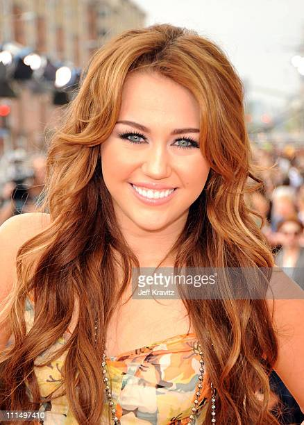 Actress/Singer Miley Cyrus arrives at Nickelodeon's 2011 Kids' Choice Awards at Galen Center on April 2 2011 in Los Angeles California