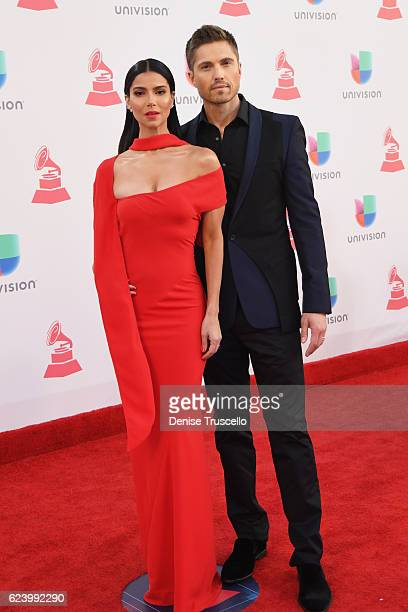 Actress/singer Roselyn Sanchez and actor Eric Winter attend The 17th Annual Latin Grammy Awards at TMobile Arena on November 17 2016 in Las Vegas...