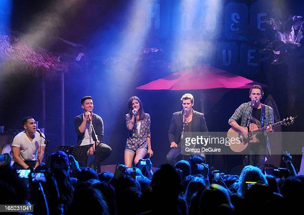 Actress/singer Victoria Justice Kendall Schmidt James Maslow Carlos Pena Jr and Logan Henderson of Big Time Rush perform at their press conference...