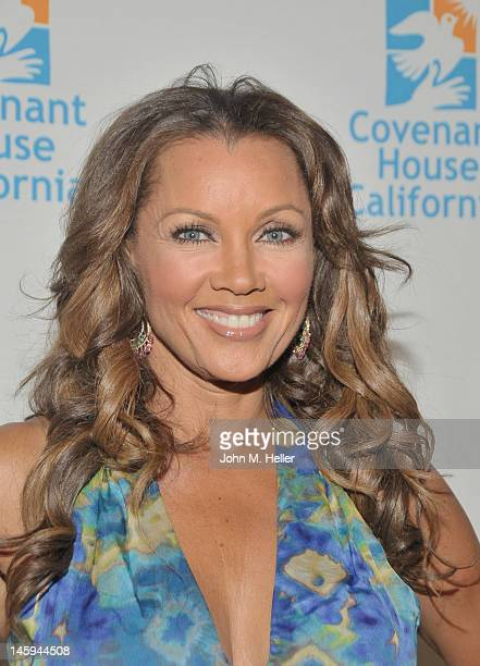 Actress/singer/former Miss America and honoree Vanessa Williams arrives at the 2012 Covenant House Gala and Awards Dinner at the Skirball Cultural...