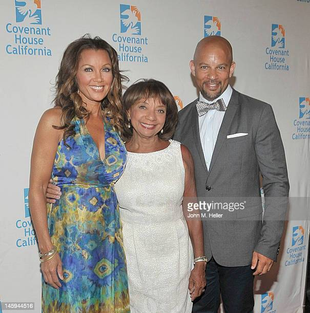 Actress/singer/former Miss America and honoree Vanessa Williams Helen Williams and Chris Williams arrive at the 2012 Covenant House Gala and Awards...