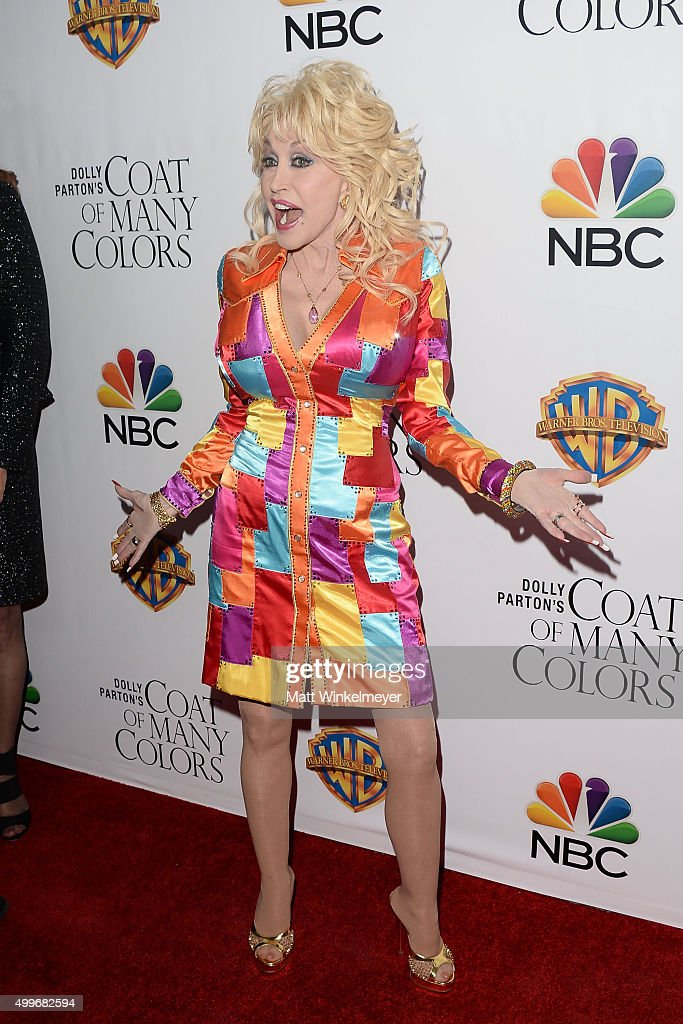 Actress/singer-songwriter Dolly Parton arrives at the premiere of Warner Bros. Television's 'Dolly Parton's Coat of Many Colors' at the Egyptian Theatre on December 2, 2015 in Hollywood, California.