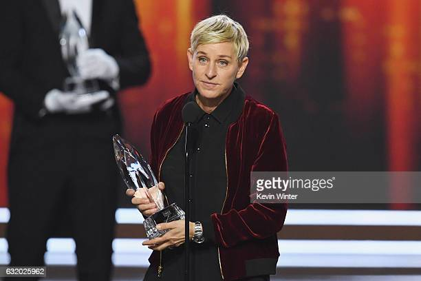 Actress/TV host Ellen DeGeneres accepts Favorite Animated Movie Voice for 'Finding Dory' onstage during the People's Choice Awards 2017 at Microsoft...