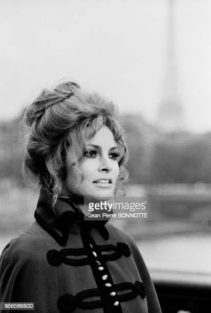 L'actrice américaine Raquel Welch en janvier 1970 à Paris France