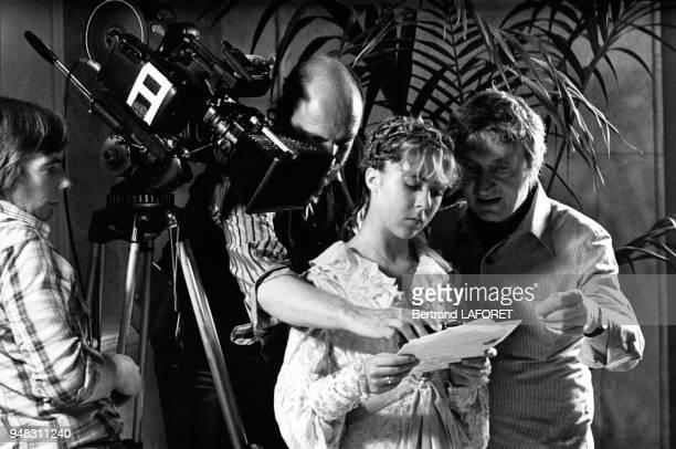 L'actrice Anne Bennent et le réalisateur Walerian Borowczyk sur le tournage du film 'Lulu' le 1er octobre 1979 à Berlin Allemagne