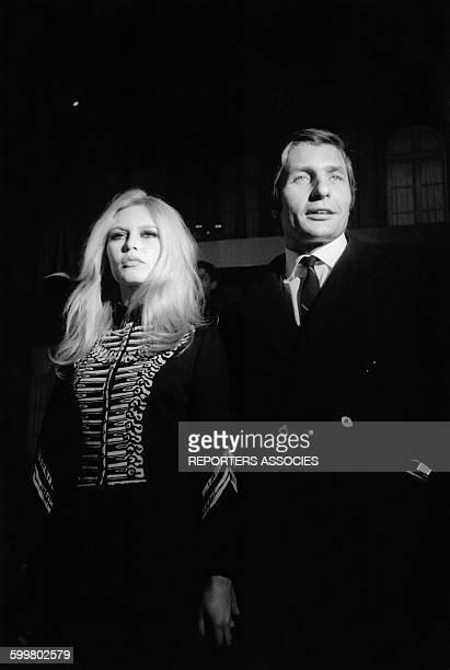 L'actrice Brigitte Bardot et son mari Gunter Sachs circa 1960 en France