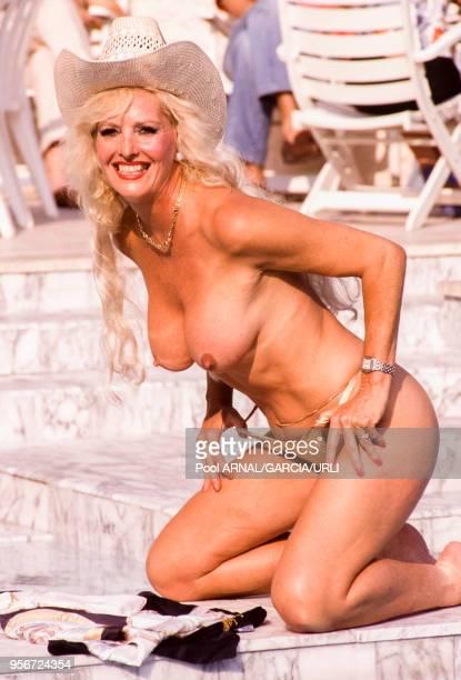L'actrice de charme Edy Williams lors du Festival de Cannes en mai 1989 France