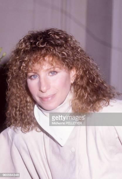 L'actrice et chanteuse américaine Barbara Streisand à Paris le 19 mars 1984 France