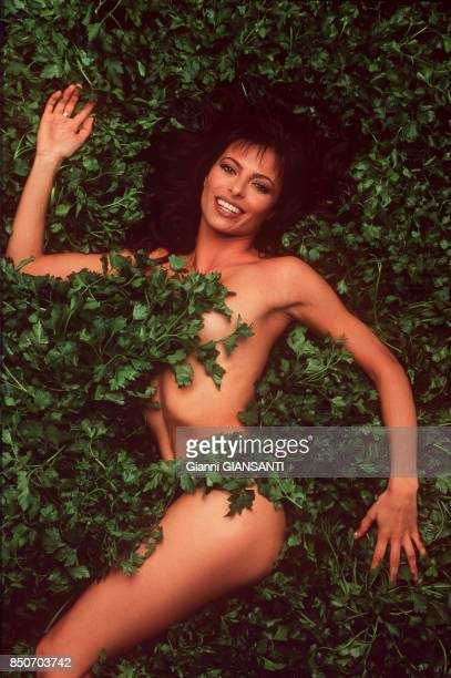 L'actrice et mannequin espagnol Natalia Estrada à Milan le 25 novembre 1997 Italie