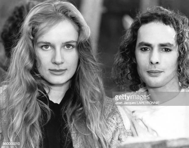 """Actrice française Dominique Sanda sur le tournage de""""La chanson de Roland"""" de Franck Cassenti en novembre 1977 dans le Tarn, France."""