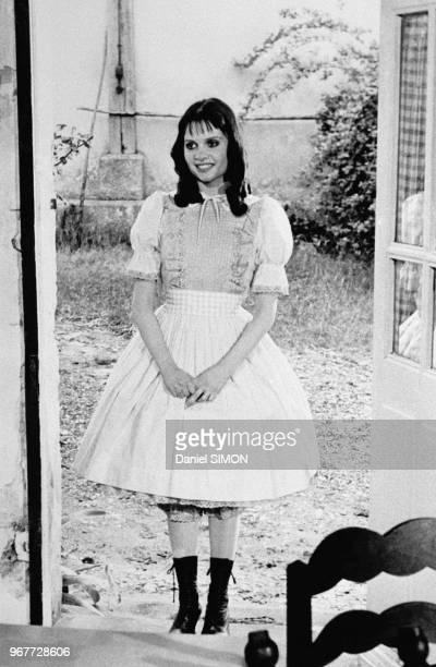 Actrice française Jeanne Goupil sur le tournage du film 'Marie-Poupée' réalisé par Joël Séria à Paris le 18 juillet 1976, France.
