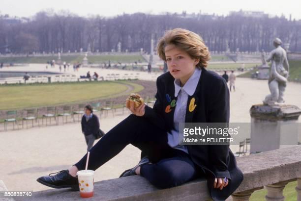 L'actrice française Laure Marsac à Paris le 13 mars 1985 France