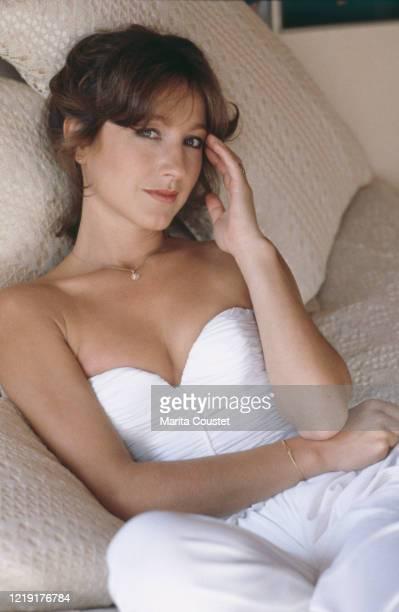 Actrice française Nathalie Baye chez elle à Paris.