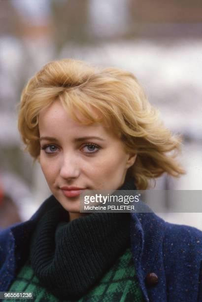 L'actrice française Pauline Lafont lors du tournage du film 'Poulet au Vinaigre' le 23 novembre 1984 France