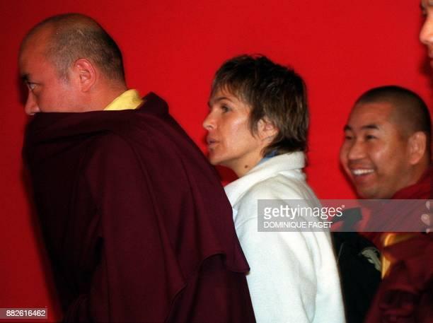 L'actrice francaise Veronique Janot durant la conference du Dalai Lama durant la premiere session de son 'Enseignement sur le chemin de l'eveil'...