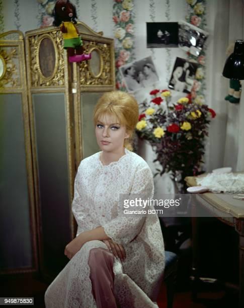Actrice Irène Tunc, circa 1960, en France.