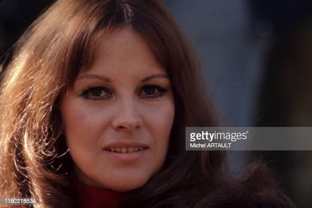 Actrice italienne Antonella Lualdi lors du tournage du film 'Vincent, François, Paul… et les autres' réalisé par Claude Sautet près de Coulommiers le...