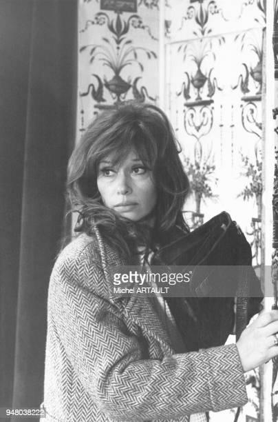 L'actrice italienne Lea Massari lors du tournage du film 'La Main à couper' réalisé par Etienne Périer en décembre 1973 en France