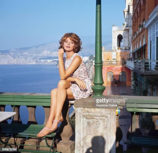 L'actrice italienne Sylva Koscina en 1967 lors du festival du film anglais à Sorrente Italie