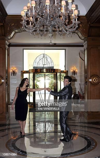 Actrice italo-francaise Valeria Cavalli fait visiter Rome a l'acteur francais Georges Corraface. Les deux sont les protagonistes du nouveau...