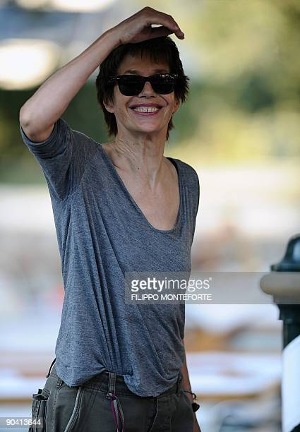 """Actrice Jane Birkin arrives at the Venice film festival on September 6, 2009. Birkin plays in """"36 vues du pic Saint Loup"""" competing for the Golden..."""