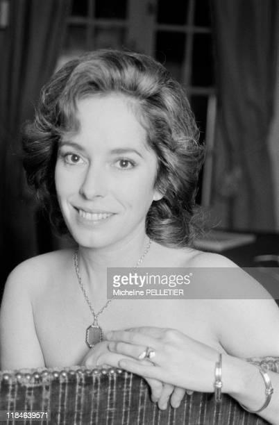 Actrice Josephine Chaplin pendant le tournage du film 'Poulet au vinaigre' en octobre 1984, France.