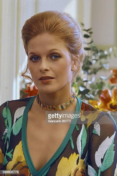 Actrice Karin Schubert, circa 1970, en France .