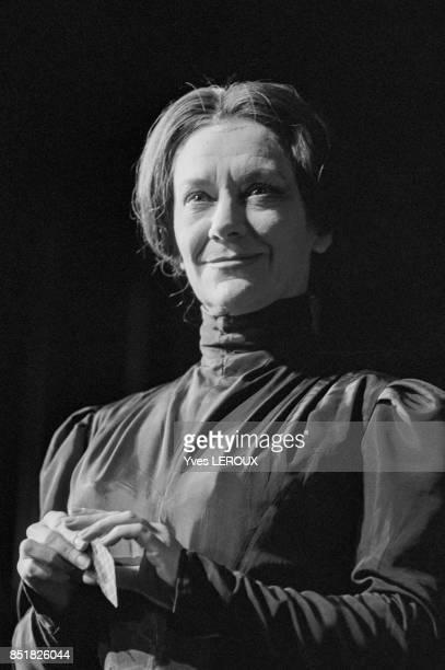L'actrice Maria Casarès dans la pièce 'La Danse de mort' en février 1970 à Paris France