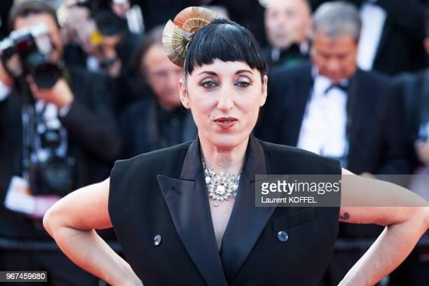L'actrice Rossy de Palma lors de la montée des marches pour la première du film 'Carol' durant le 68eme Festival du Film au Palais des Festivals le...