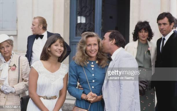 L'actrice Sophie Marceau et les acteurs du film La Boum 2 de Claude Pinoteau