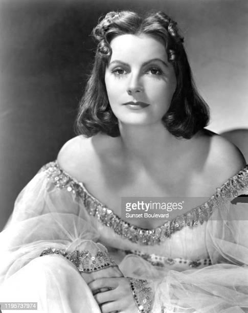 L'actrice suédoise Greta Garbo lors du tournage du film Ninotchka réalisé par Ernst Lubitsch