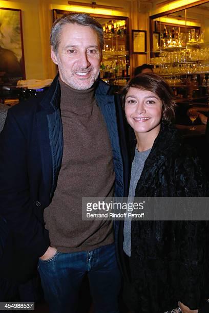 Actros Antoine de Caunes and his daughter Emma de Caunes attend the FrançoisXavier Demaison show 'Demaison S'Evade' Premiere at Theatre Edouard VII...
