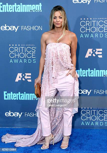 Actrss Kaley Cuoco attends the 22nd Annual Critics' Choice Awards at Barker Hangar on December 11 2016 in Santa Monica California
