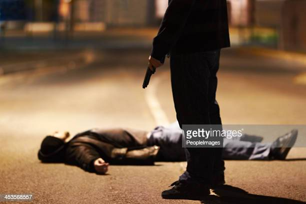acts of violence - dead body stockfoto's en -beelden