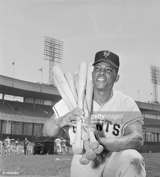 Actually Willie Mays uses only one bat to hit all those homers for the Giants but most of the other National Leaguers couldn't do as well with a...