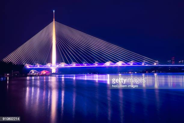 ada bridge (most na adi) a 969 m long and 200 m tall pylon bridge with six-lane roadway and unlaid double-track mass transit right-of-way is opened in 2012. - belgrade serbia stock pictures, royalty-free photos & images