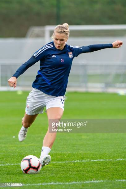 Ada Hegerberg of Olympique Lyonnais warms up prior the UEFA Women's Champions League round of 16 match between Olympique Lyon and Fortuna Hjorring at...
