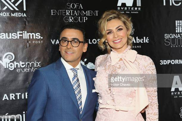 Adal Ramones and Aracely Arambula attend the 'Mano A Mano' exposition on June 7 2017 in Mexico City Mexico The objective of this exhibition is to...