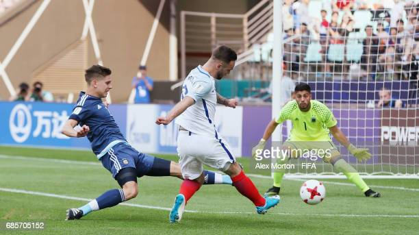 Adam Armstrong of England scores their second goal during the FIFA U20 World Cup Korea Republic 2017 group A match between Argentina and England at...