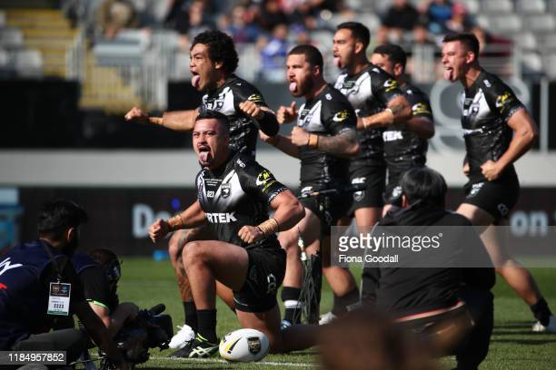 Adam Blair of the Kiwis performs the haka with the team during the International Rugby League Test Match between the New Zealand Kiwis and the Great...