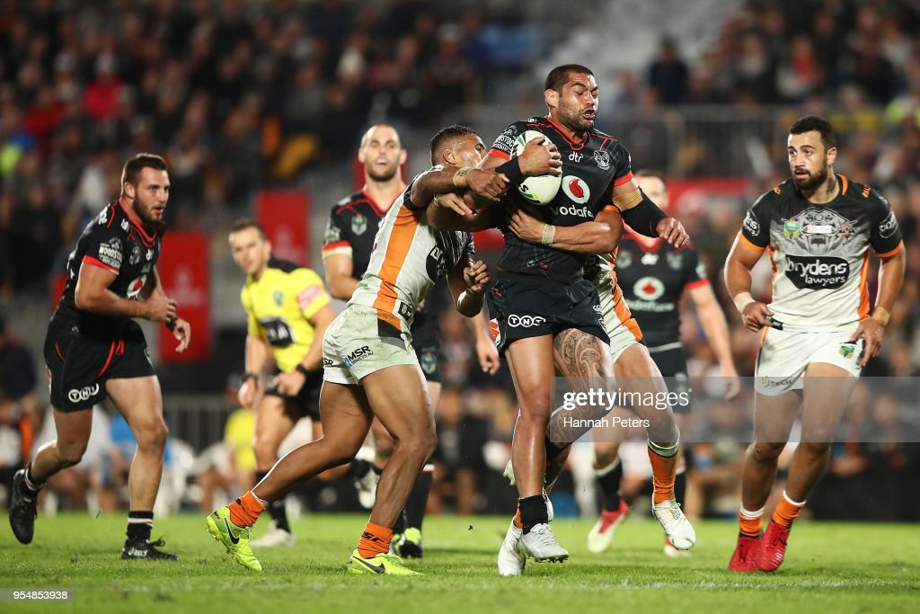 Adam Blair of the Warriors charges forward during the round nine NRL match between the New Zealand Warriors and the Wests Tigers at Mt Smart Stadium on May 5, 2018 in Auckland, New Zealand.
