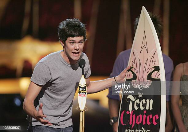Adam Brody winner of Choice TV Actor Drama for The OC