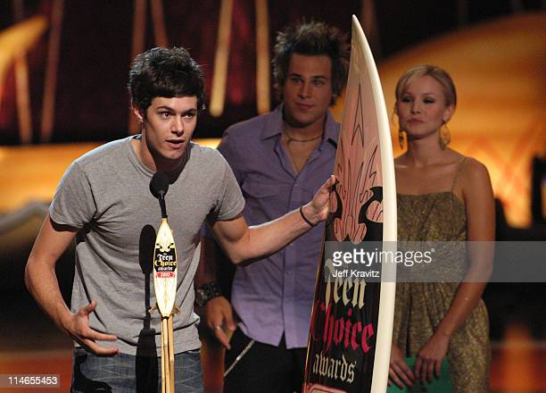 Adam Brody winner of Choice TV Actor Drama for 'The OC'