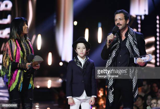 Adam Cohen son of the late Lenoard Cohen and Adam's son Cassius received award for the late Lenoard Cohen presented by Buffy SainteMarie and Jim...