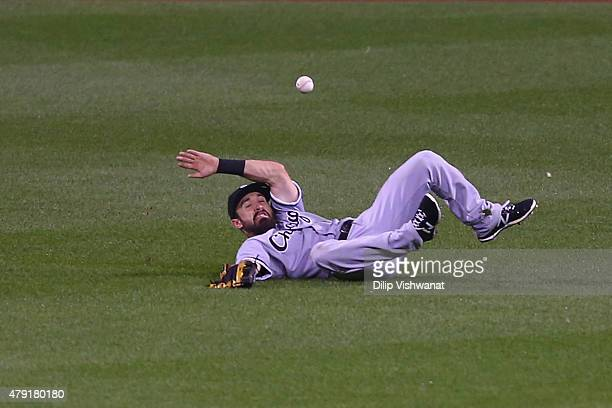 Adam Eaton of the Chicago White Sox misplays a fly ball in the sixth inning against the St Louis Cardinals during an interleague game at Busch...