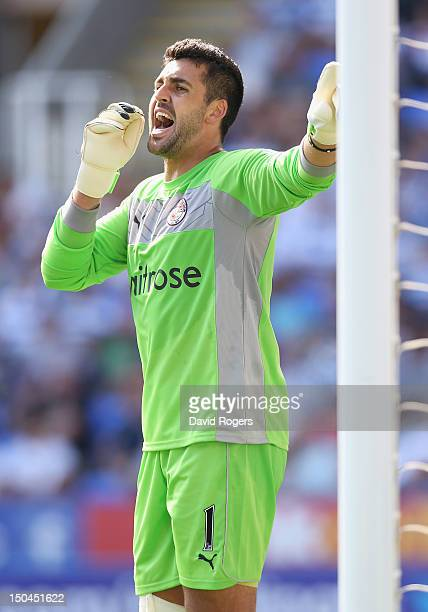 Adam Federici of Reading shouts instructions during the Barclays Premier League match between Reading and Stoke City at Madejski Stadium on August 18...