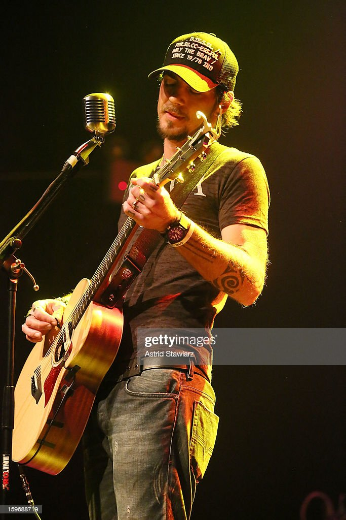 Adam Gontier performs during the Rock For Recovery, A Benefit For Victims Of Hurricane Sandy at the Gramercy Theatre on January 17, 2013 in New York City.