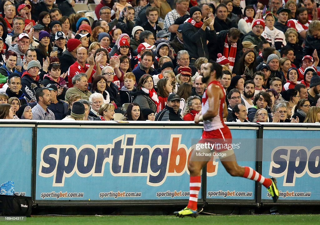 AFL Rd 9 - Collingwood v Sydney : News Photo